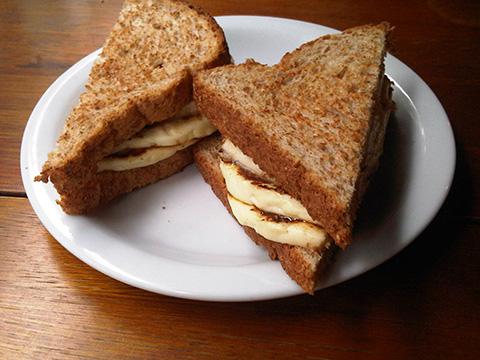 Pão-integral-com-omelete222